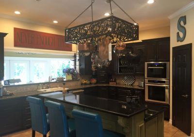 Tradtional Kitchen Design Renovation showing Island and Bartop